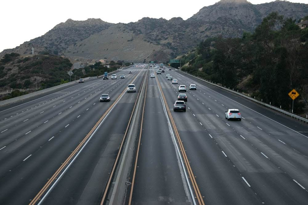 Glendale, AZ - Injury Crash Blocks I-17 Before Glendale Ave