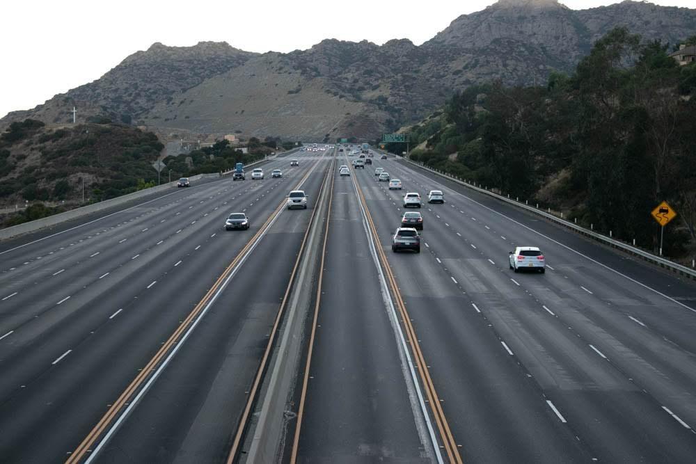 Glendale, AZ - Multi-Vehicle Accident Blocks L-101 Lane at 43rd Ave