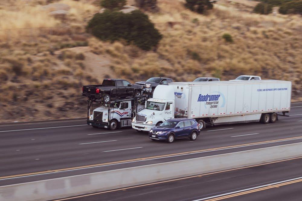 Phoenix, AZ - Car Crash Blocks Left Lanes on I-17 at I-10 Split