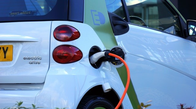 Gas vs. Electric: Which Cars Are Safer
