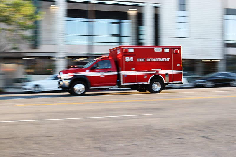 Phoenix, AZ - UPDATE: DUI Suspected After Injurious Crash at Thomas Rd