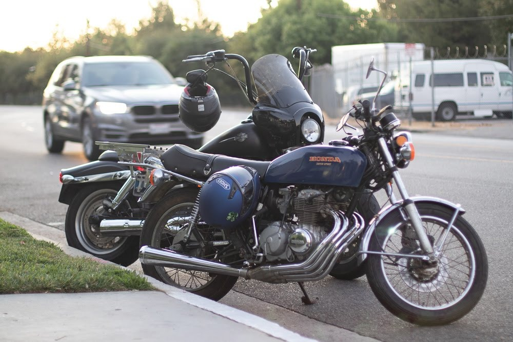Tucson, AZ - Officer Injured in Motorcycle Crash at Valencia & Kolb Rds
