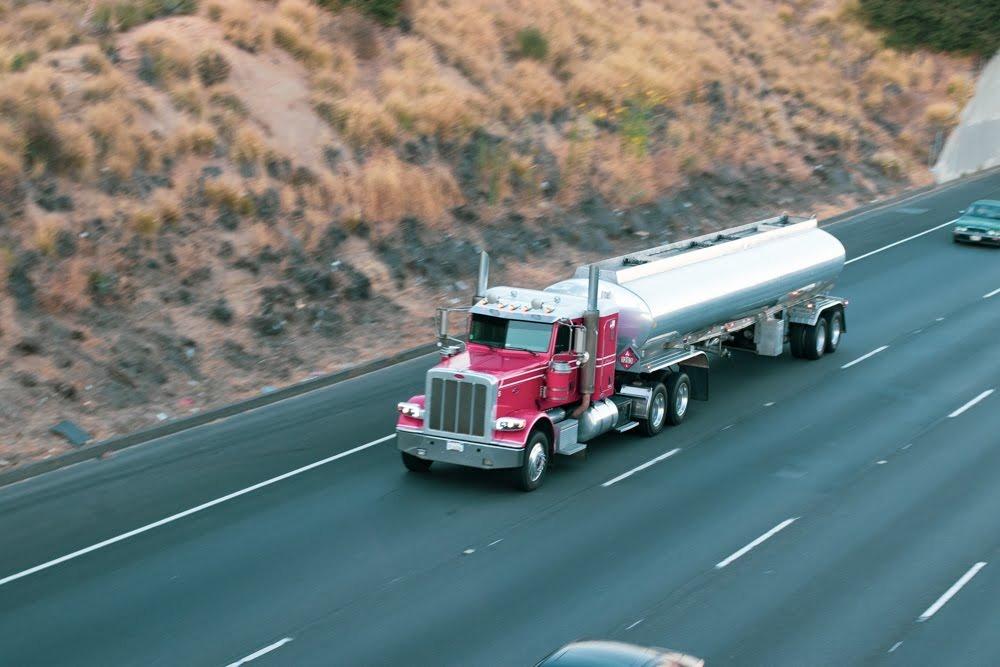 Phoenix, AZ - UPDATE: Details Released in Truck Collision at Broadway Rd