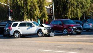 Tempe, AZ - 1 Killed & 4 Injured After Crash on L-202 at McClintock Dr