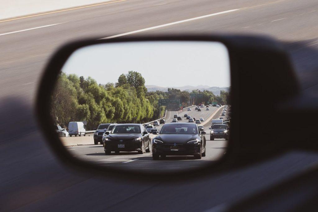 Phoenix, AZ – Multi-Vehicle Collision Blocks Lane on US-60