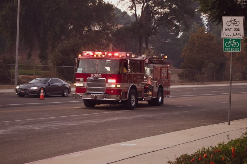 Scottsdale, AZ - Injuries Reported in Multi-Car Crash on L-101 at Via de Ventura