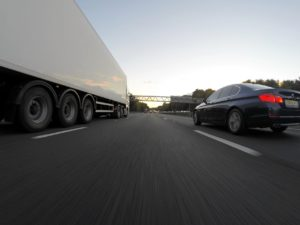 Why You Need An Arizona Truck Accident Attorney After An Accident