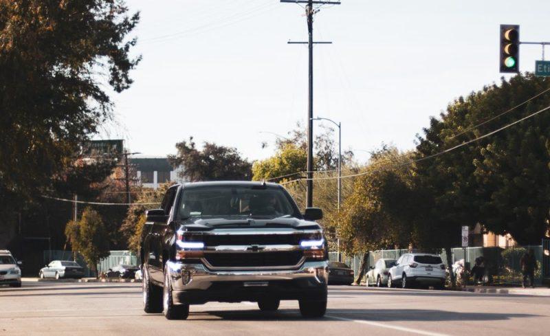 Mesa, AZ - Multi-Car Crash Results in Injuries on US 60 at Val Vista Rd