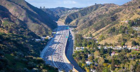 Phoenix, AZ - Authorities Investigating Injurious Crash on I-17 Near Anthem