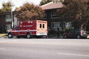 Phoenix, AZ - Rear-End Crash Causes Injuries on L-101 at 7th St