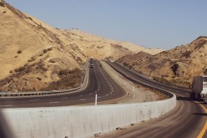 Phoenix, AZ - Three-Car Crash Causes Injuries on I-17 at Peoria Ave