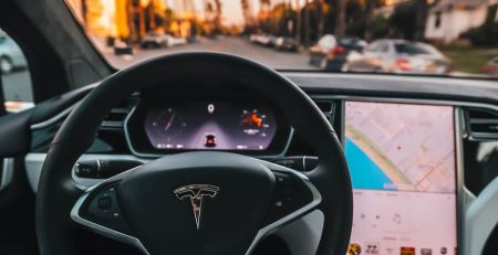 What Cars are the Most Distracting to Drivers