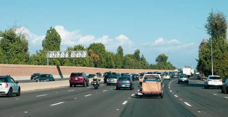 Mesa, AZ - Injuries Reported in Multi-Car Crash on US 60 at Rural Rd